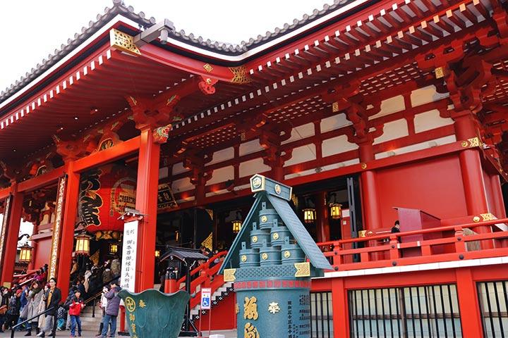 浅草ねこ園さんは浅草の人気スポット浅草寺の近くにあります